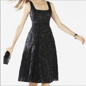 BCBGMaxAzria | Christie Burnout Jacquard Dress